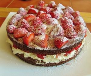 Kim's Wimbledon Cake