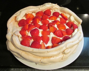Kim's finished Strawberry Pavlova