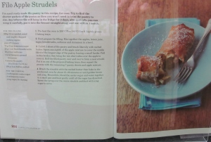 Mary Berry's Apple Strudel