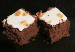 Kim's Ginger & Treacle Spice Tray Bake