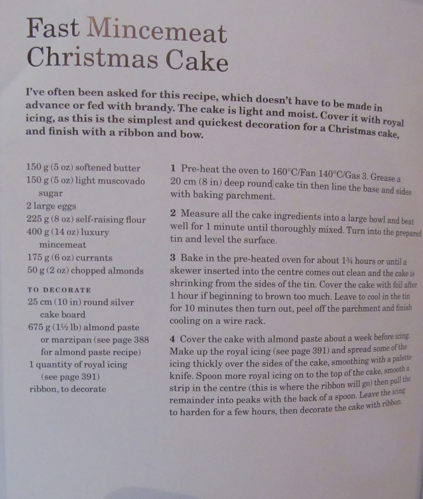 Week Sixty One - Mary Berry's Fast Mincemeat Christmas Cake & Carrot Cake (1/4)