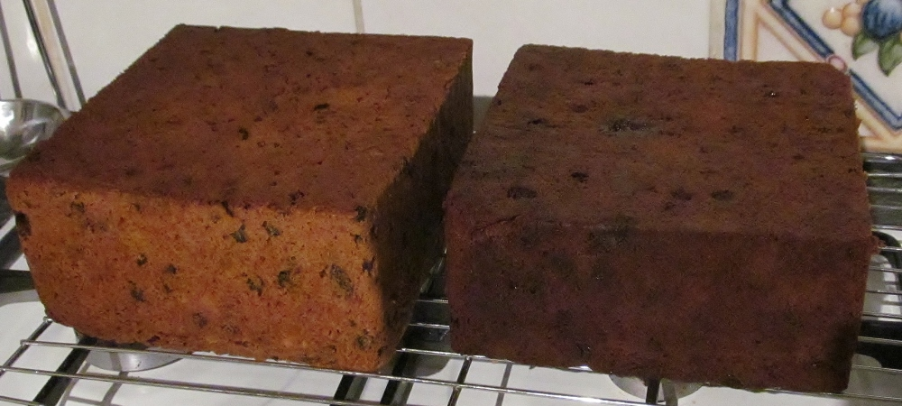 Week Sixty One - Mary Berry's Fast Mincemeat Christmas Cake & Carrot Cake (2/4)